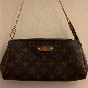 🧡 Authentic Louis Vuitton Eva Clutch